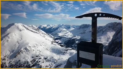 Vistas a Peña Rueda desde la cima del Huerto del Diablo