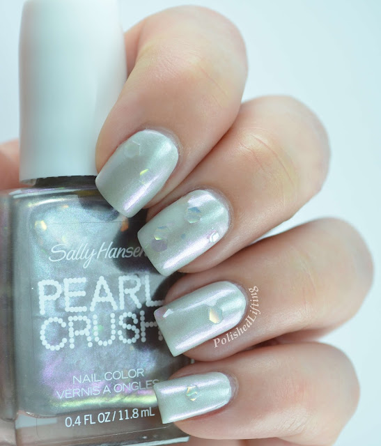 Sally Hansen Pearl Crush Silver Scallop