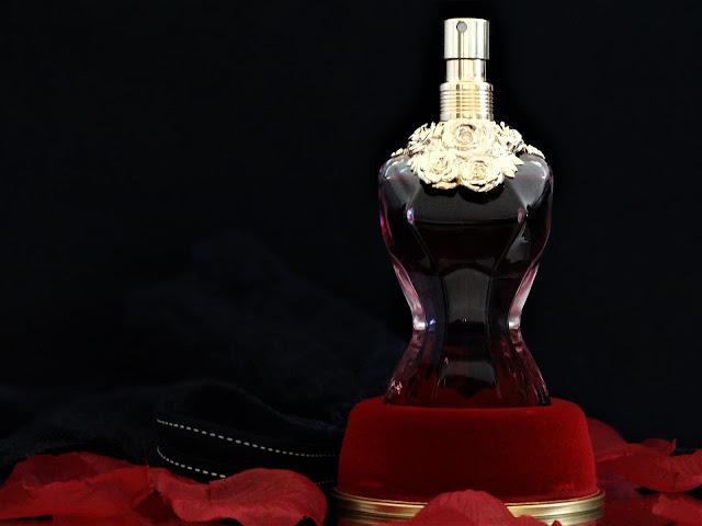avis jean paul gaultier la belle, parfum la belle jean paul gaultier, nouveau parfum jean paul gaultier, la belle et le beau jean paul gaultier, revue parfum la belle jpg