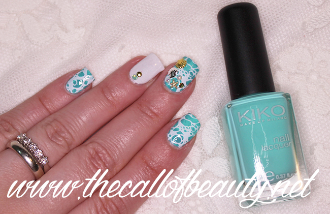 Sea Water Manicure