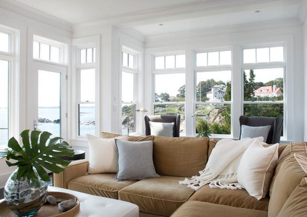 Contoh jendela rumah dekat pantai