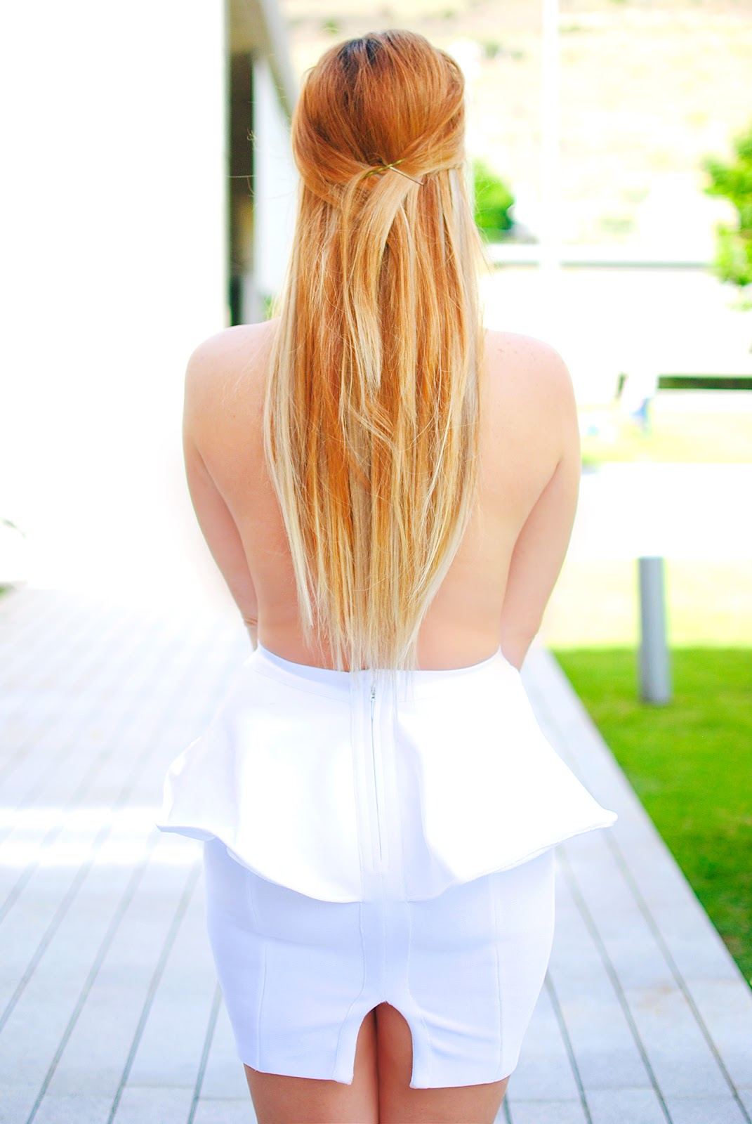 nery hdez, hairtrade, celebindress, white dress, hair extensions, extensiones para el pelo