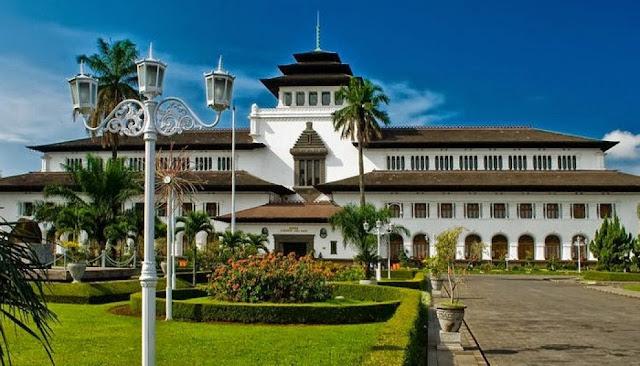 Daftar 5 Tempat Wisata di Bandung yang Populer
