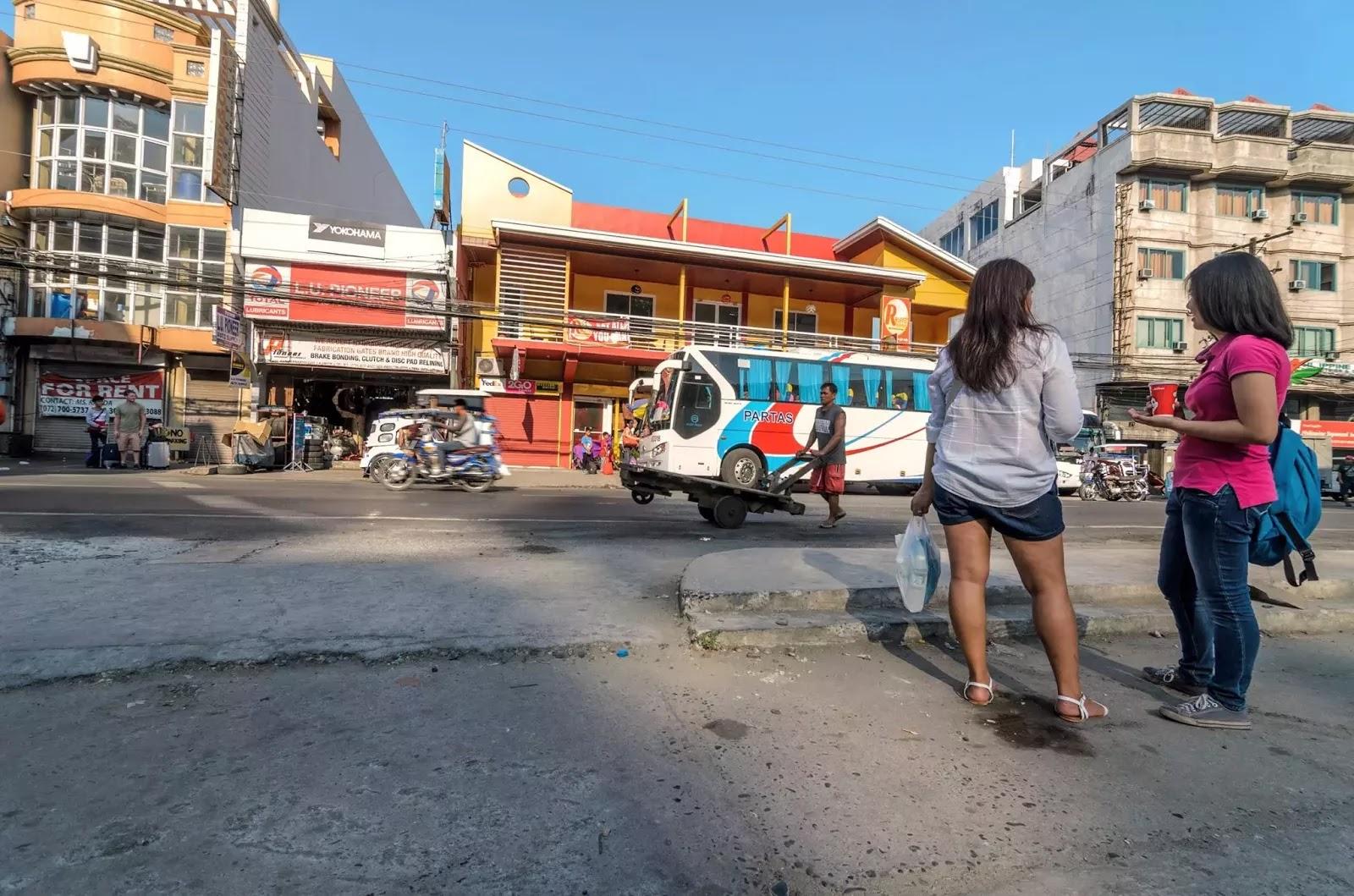 San Fernando La Union Partas Bus Station