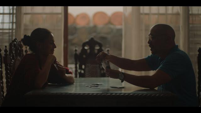 """Ben&Ben portrays family drama on """"Nakikinig Ka Ba Sa Akin"""" music video"""