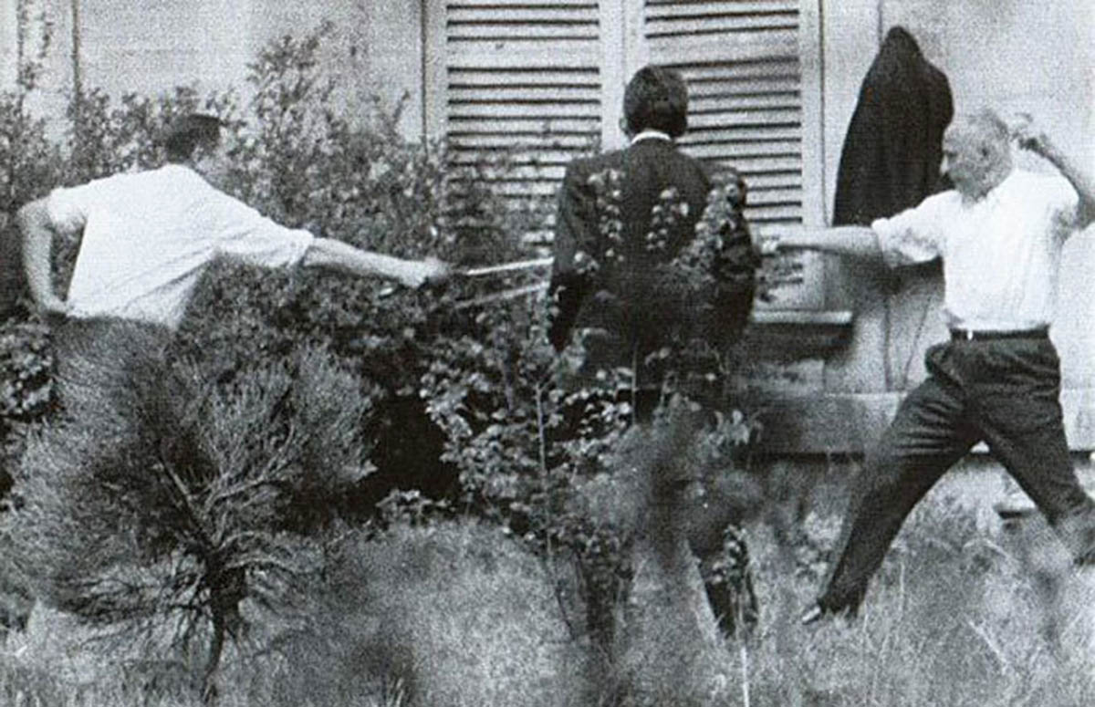 An unusual piece of history, the last épée duel in France was fought in 1967, between the Mayor of Marseille and the Socialist Party candidate for president.