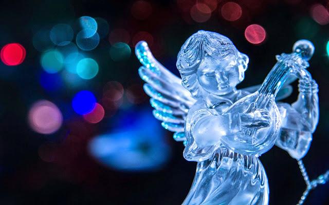 Papel de parede anjos de natal para pc Cute christmas angel desktop wallpaper.