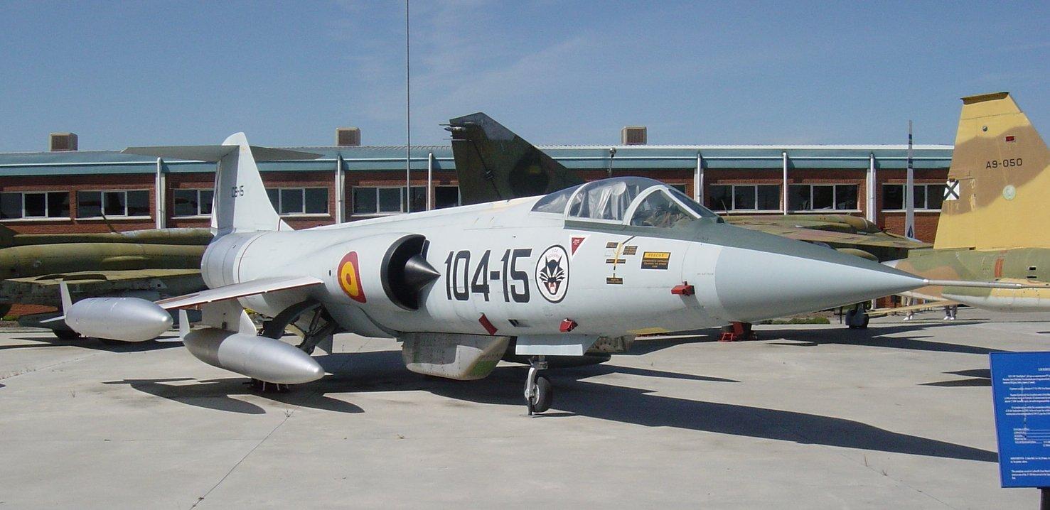 Imágenes numeradas - Página 3 AVION+CAZA+LOCKHEED+F-104+STARFIGHTER+(reactor+interceptador)
