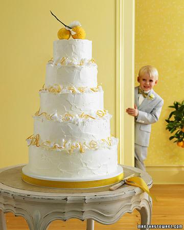 R Martha Steward Wedding Cake