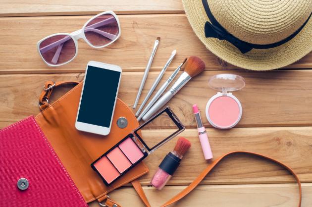 Tips Simpan Makeup Saat Traveling Supaya Tidak Rusak