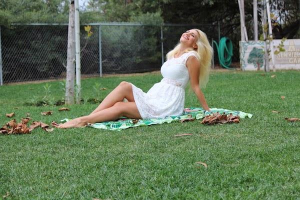 Anne-Cohen-The-Autumn-Leaves-Fall-arcwrites-Blog-Love