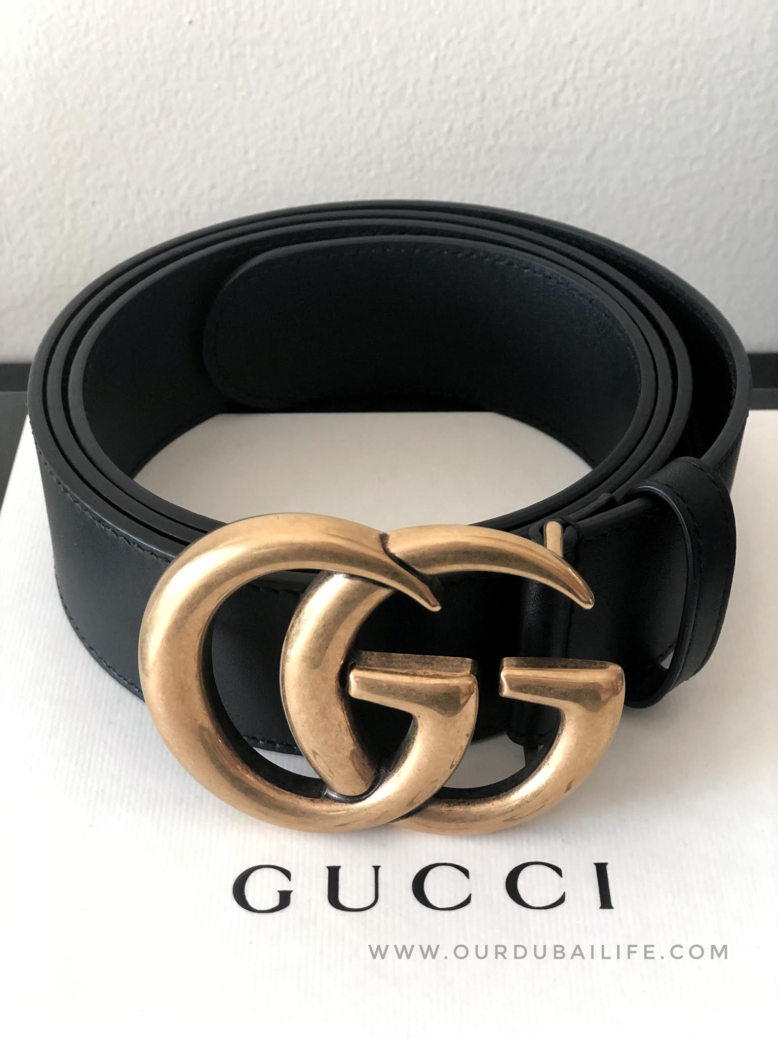 GUCCI black belt with gold large buckle