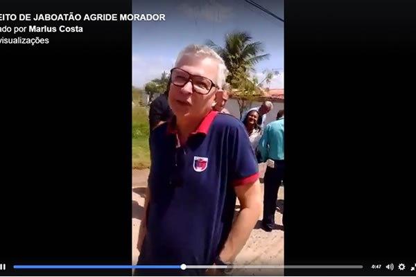 Elias Gomes prefeito de Jaboatão, agride morador em Candeias