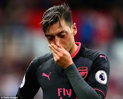 Transfer: Arsenal increases efforts to sell Ozil