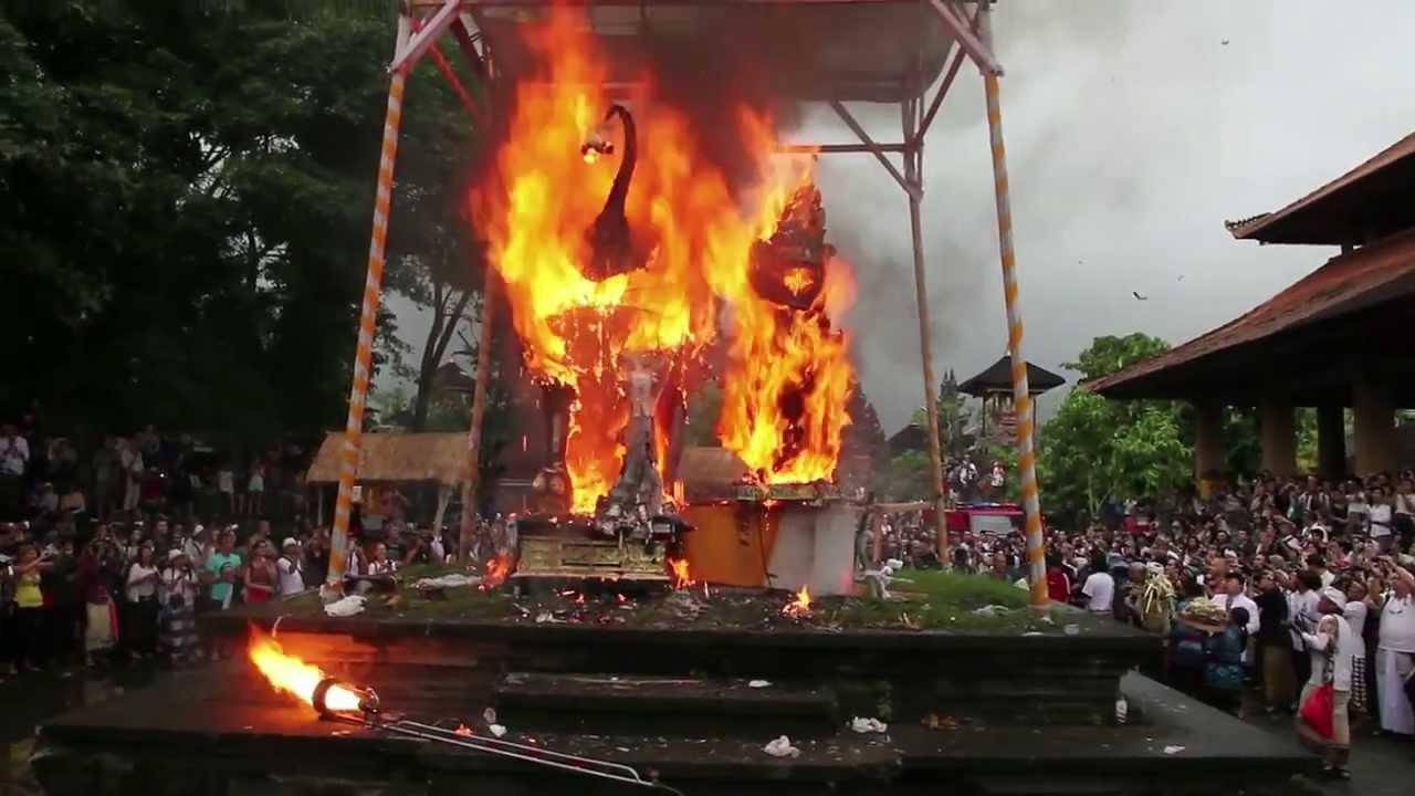 Voyage à Bali, qu'est ce que la cérémonie de crémation