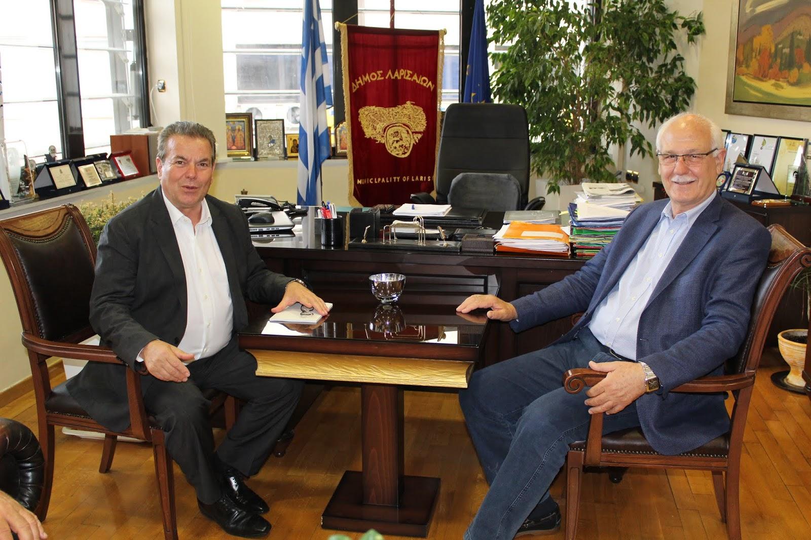 Στον δήμαρχο Λαρισαίων ο Υφ. Κοινωνικής Ασφάλισης Τ. Πετρόπουλος (ΦΩΤΟ)