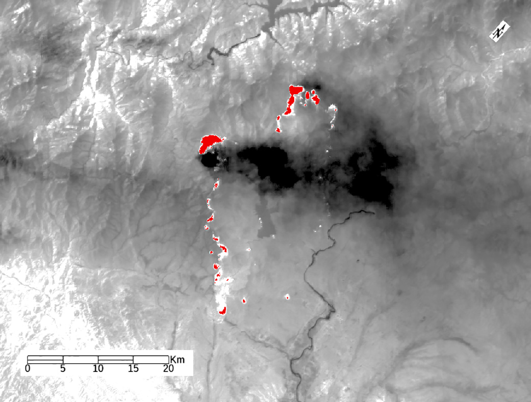 image above this zoomed in ecostress image shows the perry fire burning in nevada in red thick smoke plumes can also be seen rising from the fire
