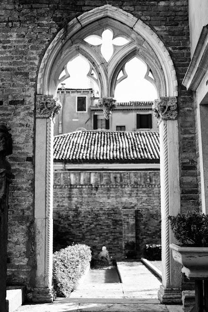 Reneval Wedding Vows Venice Italy Palazzo contarini porta di Ferro Venezia