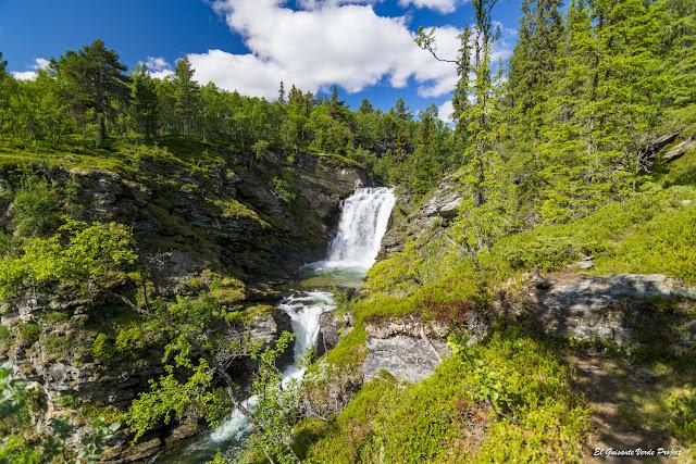 Ruta a Otta, cascadas de Ulafossen, Rondane - Noruega, por El Guisante Verde Project