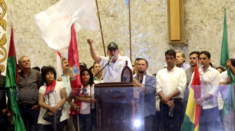 El 2 de noviembre de 2019, ante el cabildo cruceño, Camacho dio 48 horas para la renuncia de Morales / ARCHIVO EL DEBER
