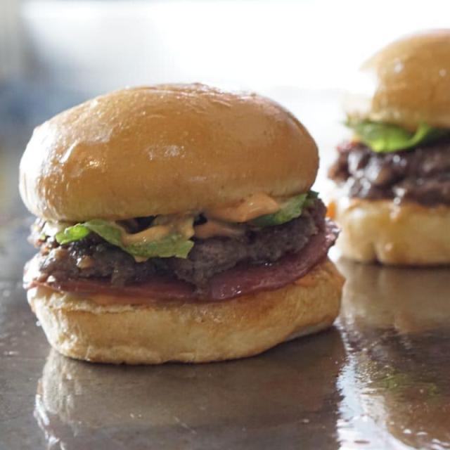 Burger Klenger (Tangerang); Gak Kalah Enak!