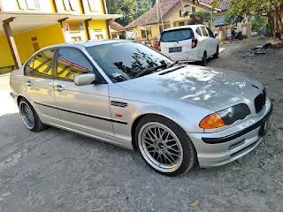 Daftar pajak Mobil BMW 318i semua tahun.