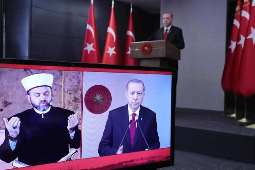 Ο Ερντογάν έδιωξε τον πρώτο Ιμάμη της Αγιάς Σοφιάς