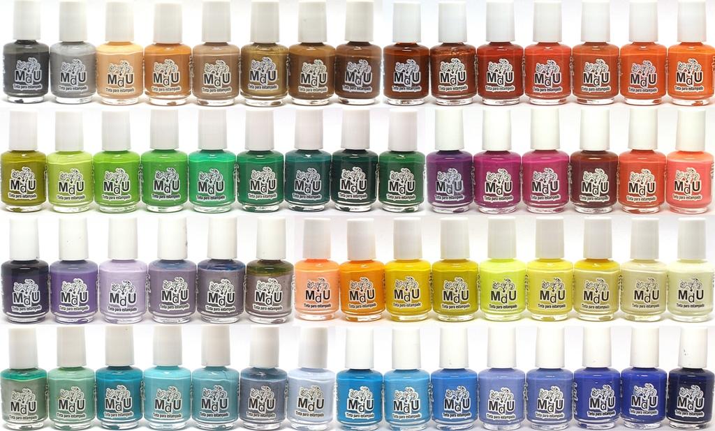 Mundo de Uñas stamping nail polishes -  REVIEW & SWATCH
