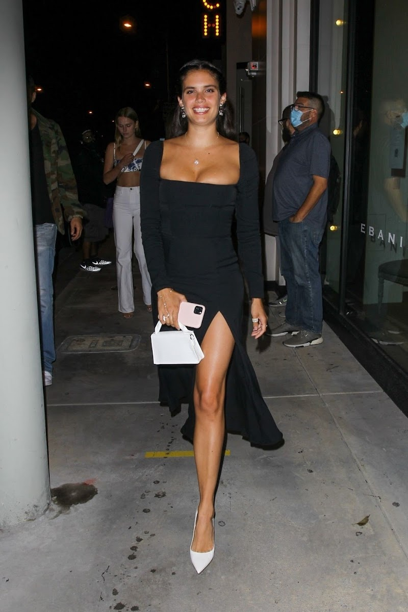 Sara Sampaio Spotted While Leaving Catch LA in West Hollywood 13 Jun -2020