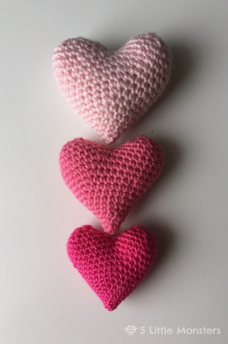 Easy Crochet Projects With Free Step By Step Tutorials - Puff Heart crochet, crochet tutorials, crochet projects, easy diy projects, crochet for beginners