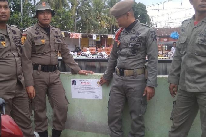 Gudang Kuliner Watampone Disegel, Polisi Pamong Praja Berjaga