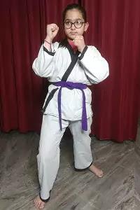 Dark Purple Belt Karate Meaning in Hindi. जानिए कराटे में गहरी बैंगनी बेल्ट का मतलब।