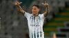 Vasco encaminha contratação do meia-atacante Carlinhos, que estava no Vitória de Setúbal; veja lances do atleta