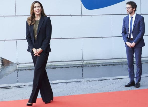 Crown Princess Mary wore a leaf crepe blazer from Alexander McQueen. Alexander McQueen trousers, Gianvito Rossi pumps. gold necklace