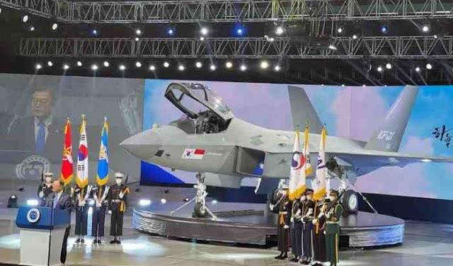 """Ada Bendera """"Merah Putih"""" Di Prototipe Perdana KF-21 Boramae (KFX)"""