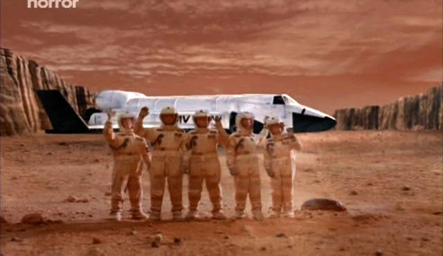 First selfie on Mars - Escape from Mars movie image