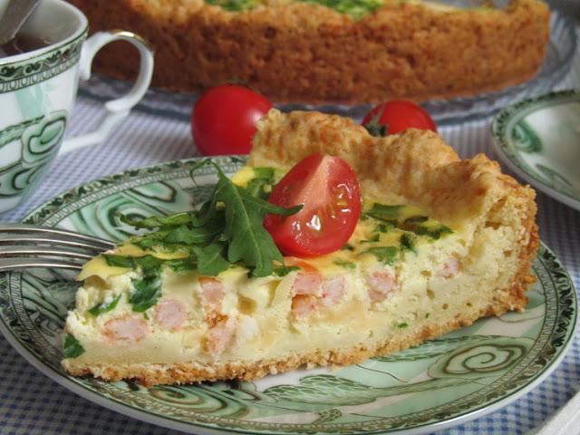 Сырный пирог с креветками