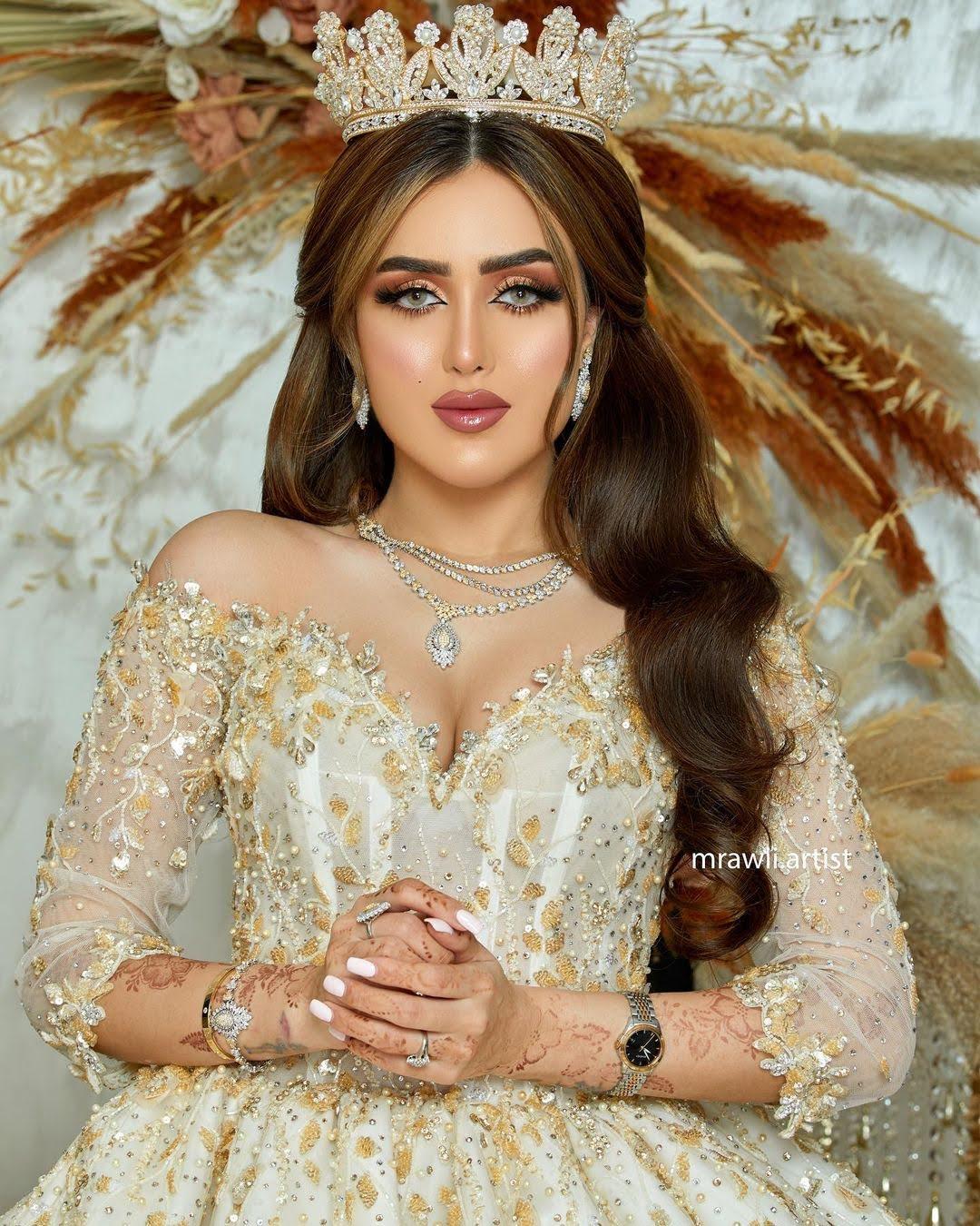 Taraneh Zamani 11