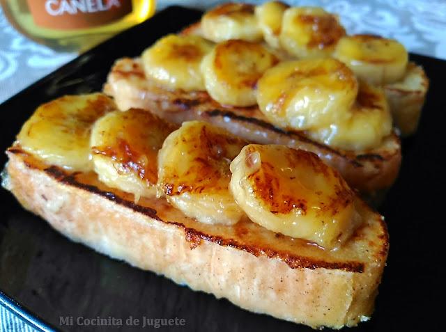 Tostadas Francesas con Plátano Caramelizado a la Miel