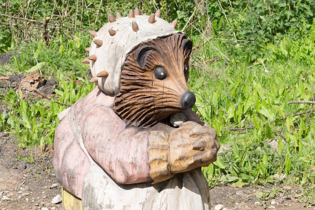 Mrs Tiggywinkle carving at Peter Rabbit Trail Essex