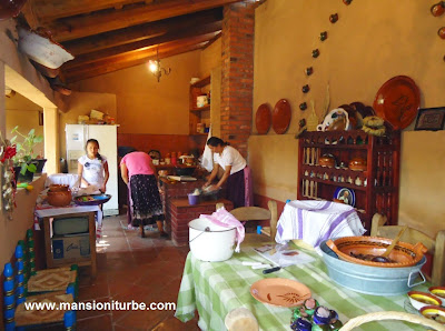 Traditional Kitchen in Santa Fe de la Laguna