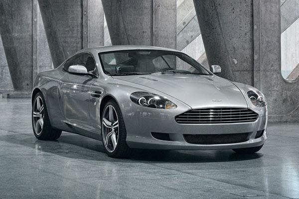 Cristiano Ronaldo $200,000 worth Aston Martin DB9