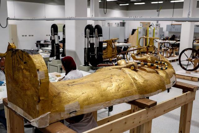 Egypt begins restoration of Tutankhamun's golden outer coffin