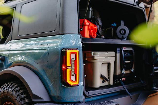 Ford mostra Bronco Overland Concept com acessórios