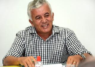 Programa Alagoinhas Agora, na Rádio Mundial FM 105.9, recebe nesta quinta-feira, 14, o ex-prefeito Paulo Cezar