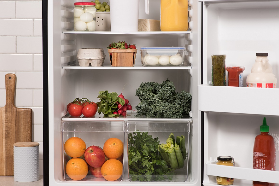 What is the shelf life of eggs in the refrigerator ?