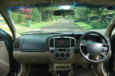 Interior Ford Escape Prefacelift