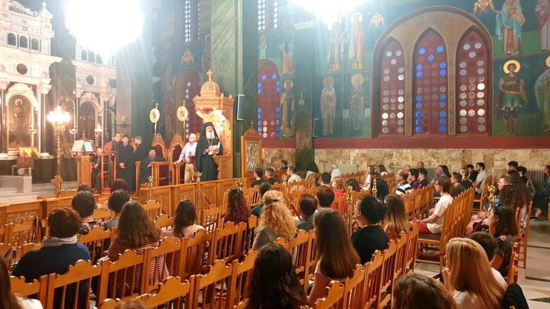 Αλεξανδρούπολη: Βραδινή Θεία Λειτουργία για τους υποψηφίους των Πανελλαδικών Εξετάσεων
