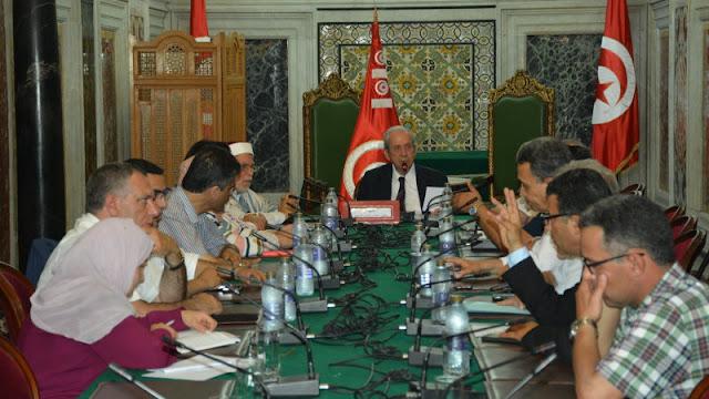 البرلمان ينظر في إنتخاب أعضاء المحكمة الدستورية