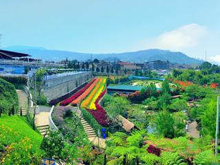 Buat Foto Instagram Semarak di Rainbow Garden Lembang